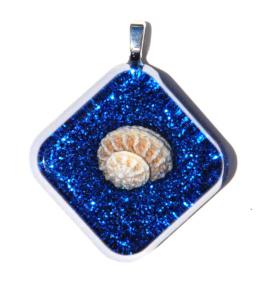 seascape-necklace-indigo-blue-seashell-necklace